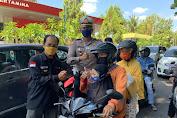 Operasi Zebra Polresta Mataram Diisi dengan Bakti Sosial dan Bagi Masker Upaya Cegah Paparan Virus Corona