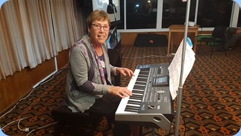 Yvonne Moller playing her Korg Pa3X. Photo courtesy of Rod Moffat.