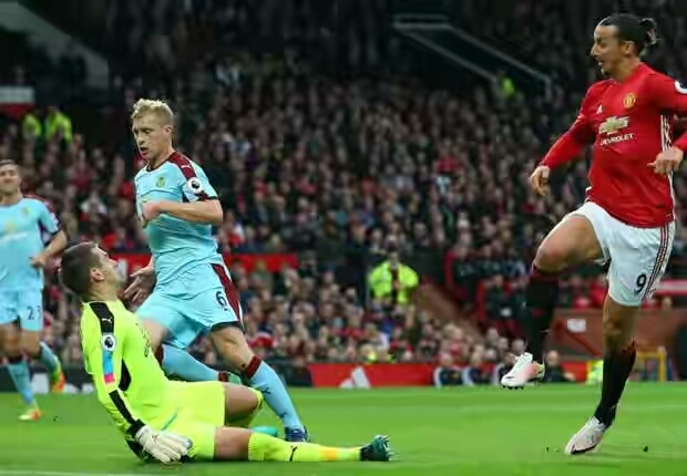 Video: Manchester United 0 – 0 Burnley [Premier League] Highlights 2016/17