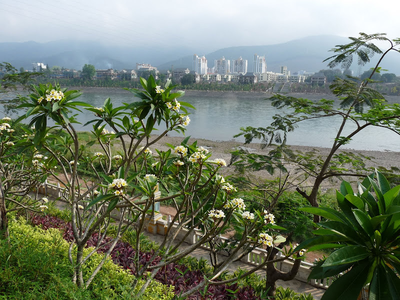 Chine .Yunnan . Lac au sud de Kunming ,Jinghong xishangbanna,+ grand jardin botanique, de Chine +j - Picture1%2B446.jpg