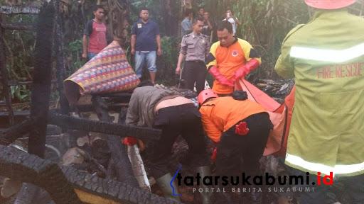 Dugaan bakar diri di Cikembar Sukabumi // Foto : Isep Panji