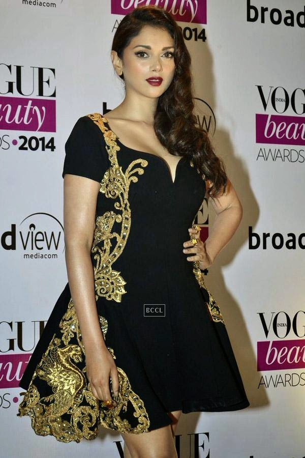 Aditi Rao Hydari at Vogue Beauty Awards 2014, held at Hotel Taj Lands End in Mumbai, on July 22, 2014.(Pic: Viral Bhayani)