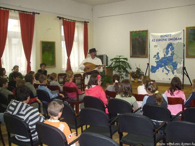 Együtt az EU-ban 09-11-12 (7).jpg rel=