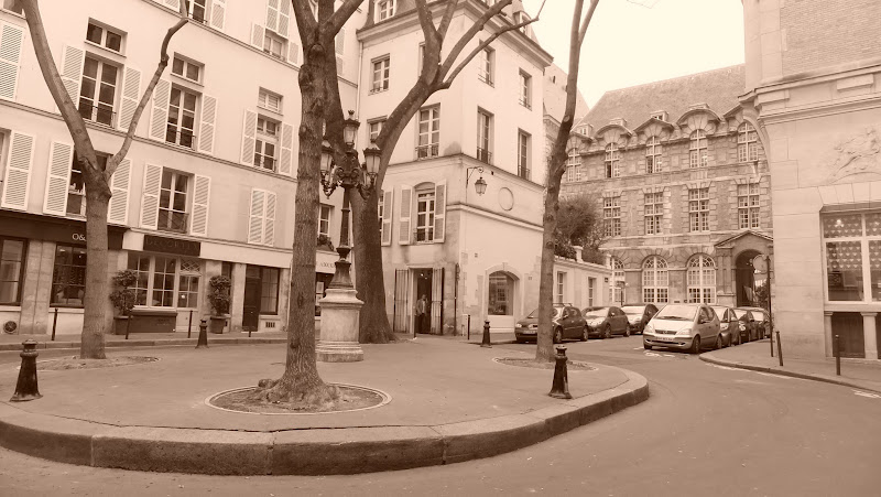 Place rue Furstenberg, Paris, elisaorigami, travel, blogger, voyages, lifestyle