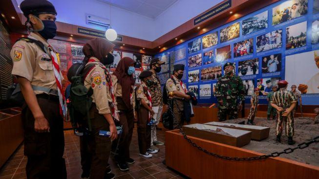 DPR Minta TNI Jelaskan Tudingan Gatot Nurmantyo Soal Hilangnya Diorama G30S/PKI