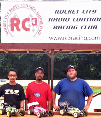 1/8 Electric Buggy Pro 1st: Javier Caballero 2nd, TQ: Jeff Nguyen 3rd: Brandon Reed
