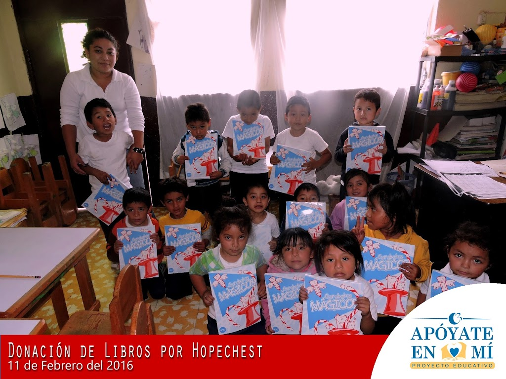 Donacion-de-Libros-de-Texto-por-Hope-Chest-15