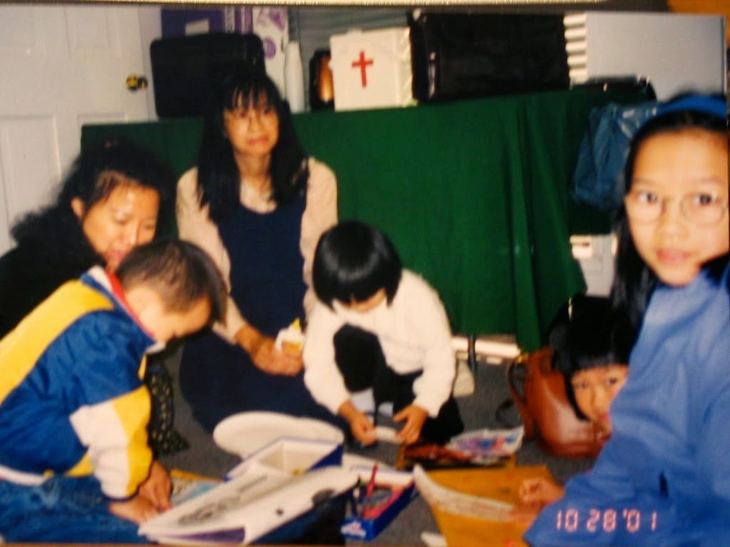 Sunday School during the first Sunday worship. Mrs. Xiao