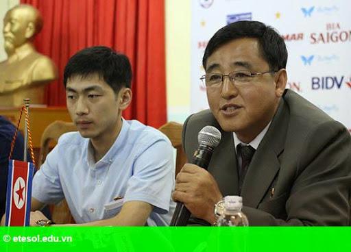 Hình 1:   HLV Kim Chang Bok: 'Cầu thủ Triều Tiên có tâm lý rất tốt'