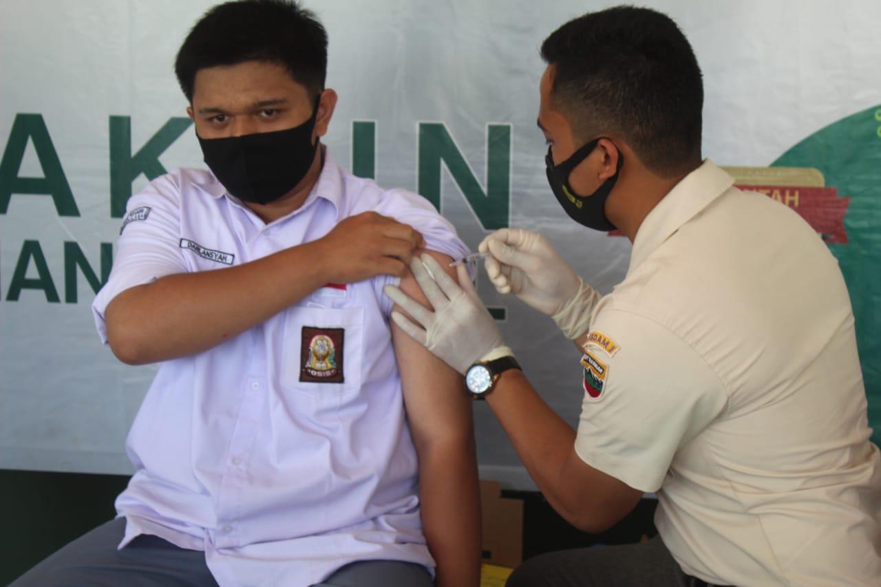 Kodim 0314 Inhil Gelar Vaksinasi Dosis I Untuk Pelajar dan Umum
