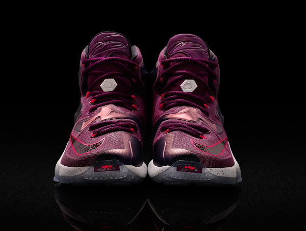 Official Look at Nike LeBron 13 Written in the Stars