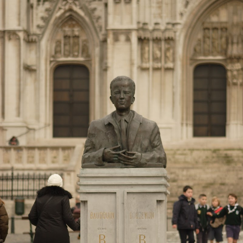 Brussels_167 King Baudouin Statue.jpg