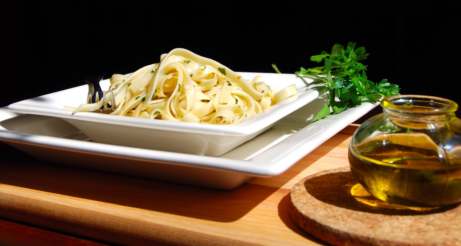 Fettuccine with olive oil and garlic holy cow fettuccine with olive oil and garlic forumfinder Choice Image
