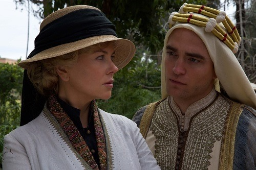 Nicole Kidman, Robert Pattinson in Queen of the Desert