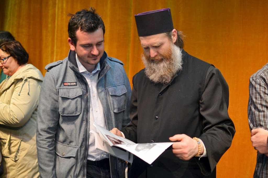 079 Avva Justin Parvu si Sfintii inchisorilor (Teatrul Luceafarul, Iasi, 2014.03.19)