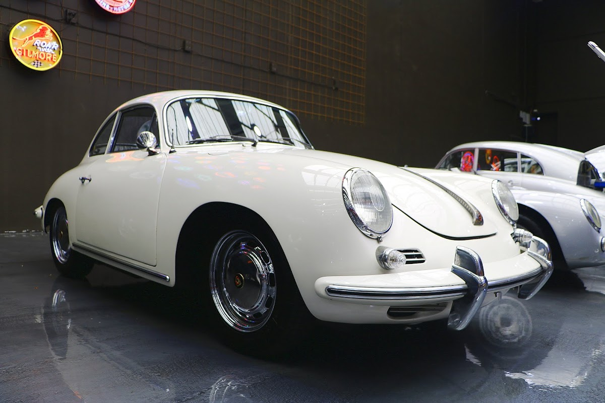 1964 Porsche 356 SC (03).jpg