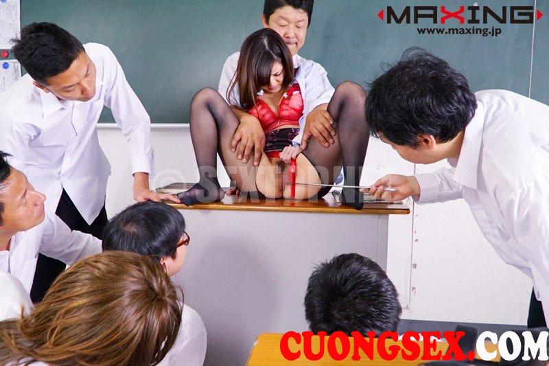 Hiếp dâm tập thể cô giáo Hana Aoyama