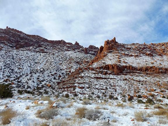Steep break in the cliffs that leads into Hidden Valley