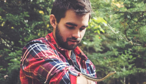 Natura șarpelui este să muște, iar a mea este să ajut