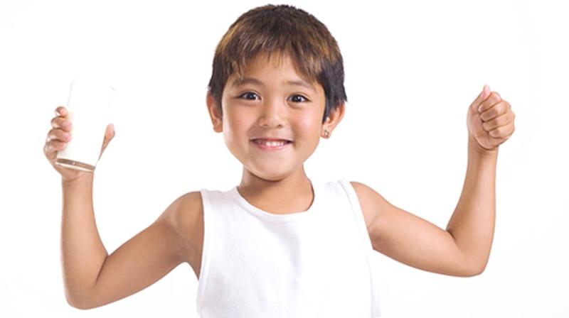 Sữa là dinh dưỡng không thể thiếu cho sự phát triển thể chất và trí tuệ của trẻ