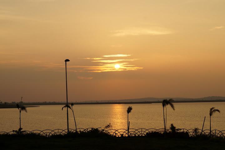 Omkareshwar and Hanmuntiya water resort - DSC06742.JPG