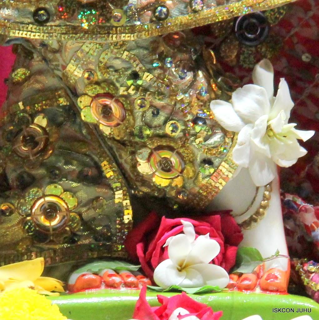 ISKCON Juhu Mangal Deity Darshan 11 Jan 2016  (25)