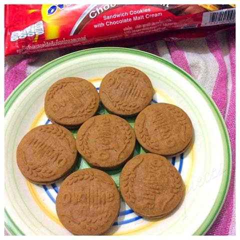 ... : Ovaltine Chocolate Malt Sandwich Cookies with Chocolate Malt Cream