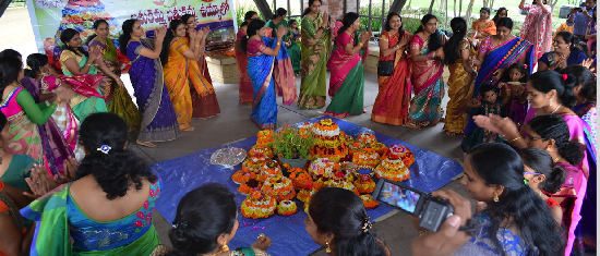 Bathukamma Celebrations 2015 - bathukamma3-small.png