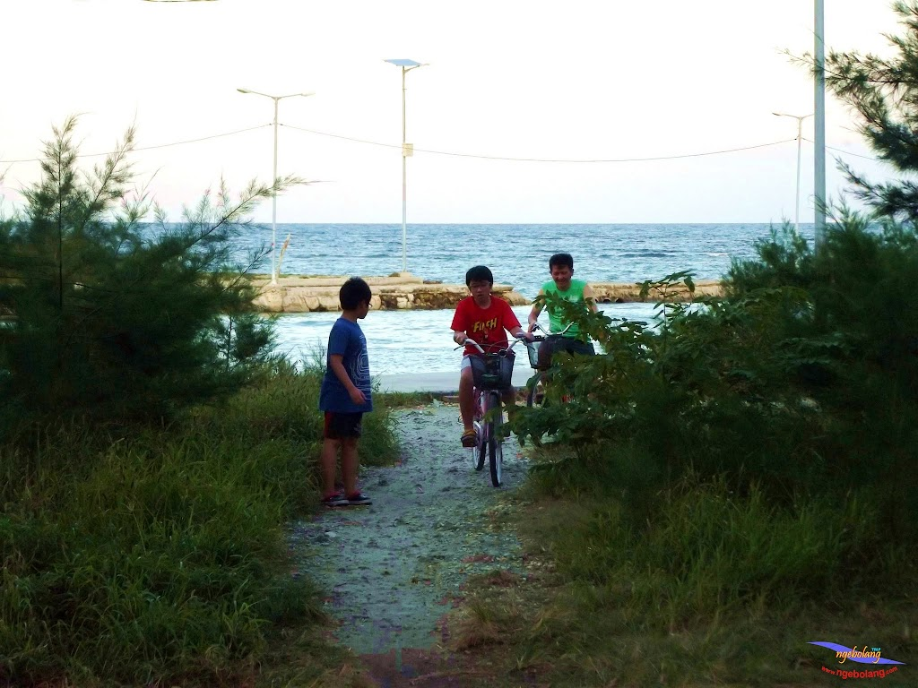 family trip pulau pari 140716 Fuji 096