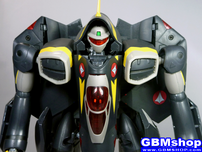 Macross Dynamite 7 VF-22S Sturmvogel II Gamlin Custom Battroid Mode