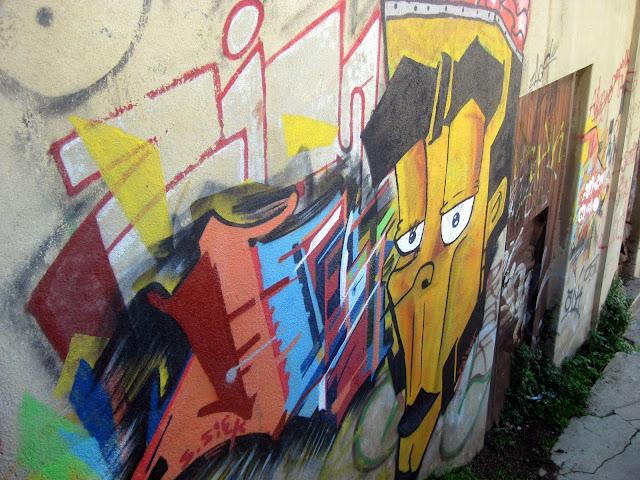 Valparaiso Grafitti - IMG_0952.JPG