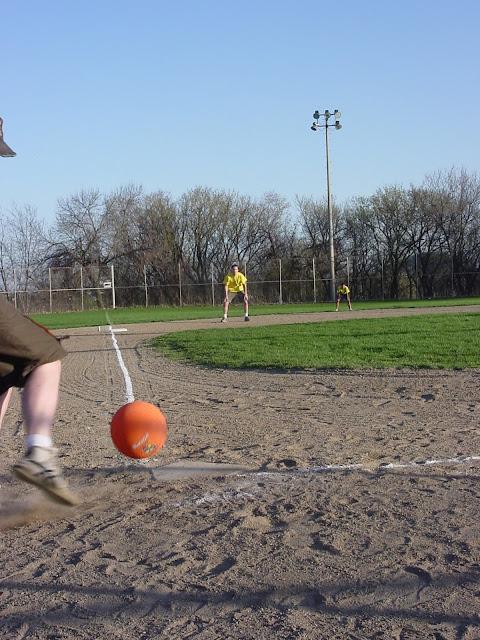 Kickball Spring 2002 - DSC00598.JPG