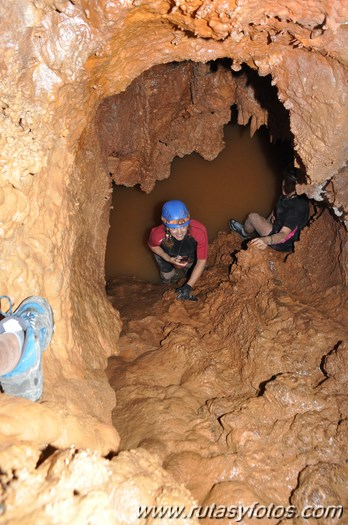 Cueva de la Excéntricas