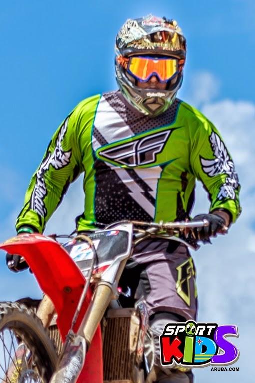 extreme motorcross Aruba - moto%2Bcross%2BGrape%2Bfiled%2BApril%2B2015-59.jpg