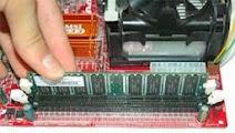 Memasang Memory/RAM
