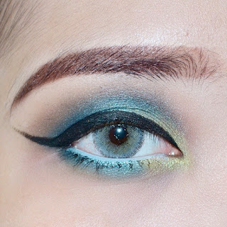 green-smokey-eye-makeup-tutorial-using-sariayu-kelimutu-eyeshadow-esybabsy