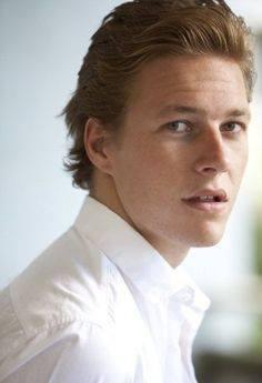 Luke Bracey Profile Pics Dp Images