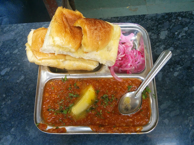 Pav Bhaji at Cannon, Churchgate