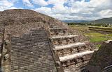 Temple of Quetzalcóatl (© 2010 Bernd Neeser)
