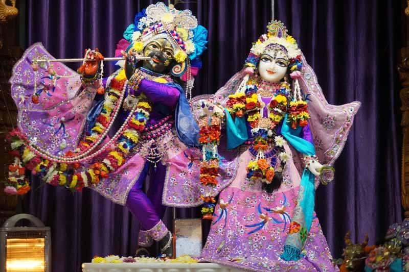 ISKCON Noida Deity Darshan 19 Dec 2015 (2)