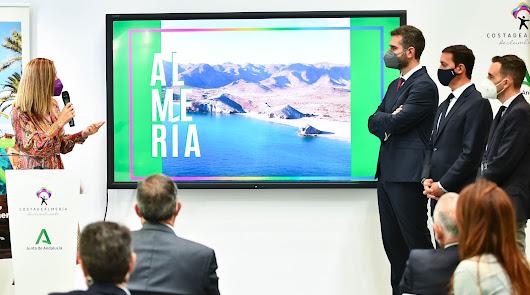 Si hay que empezar, que sea por la A de Almería: la capital se muestra en Fitur