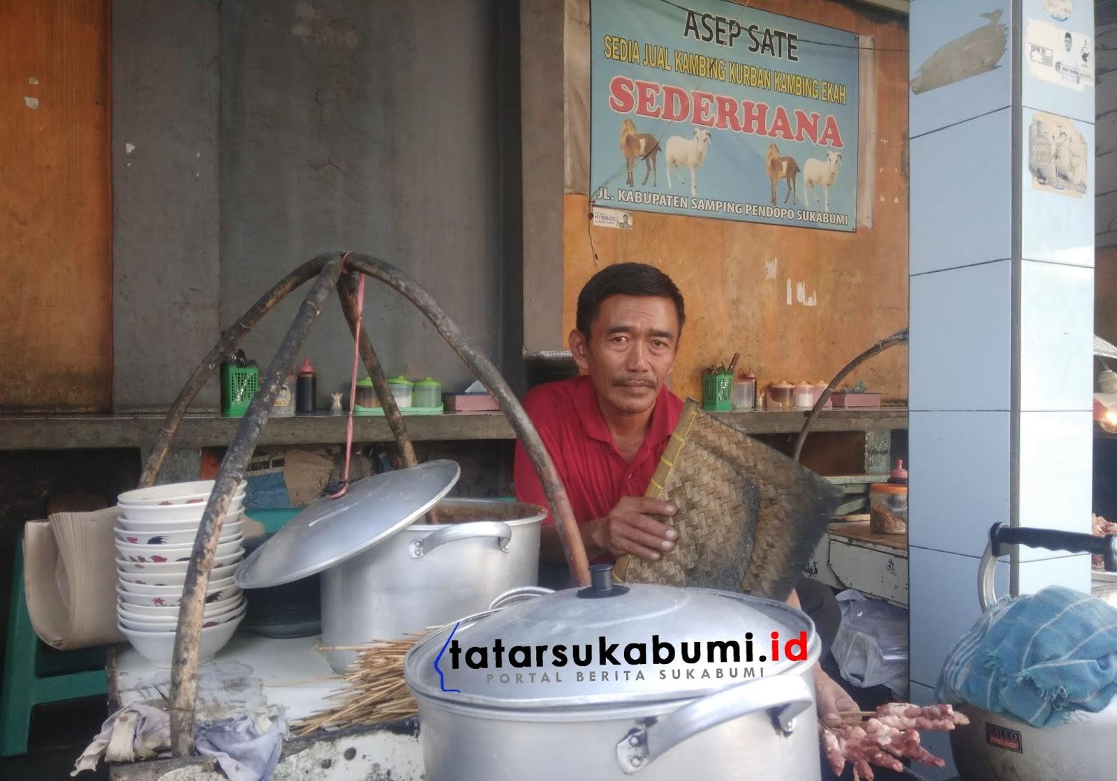 Jokowi ke Sukabumi Dijanjikan Potong Kambing