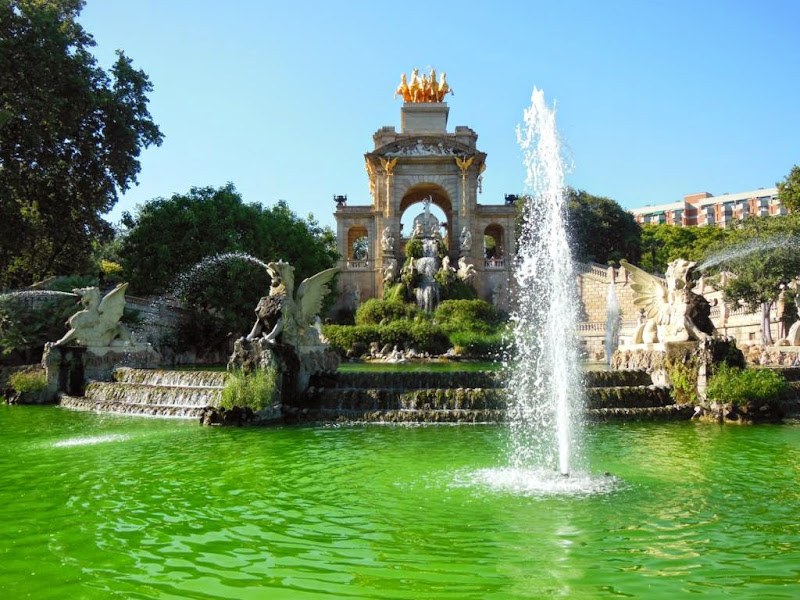 Cascada de Gaudí en el Parque de la Ciudadela