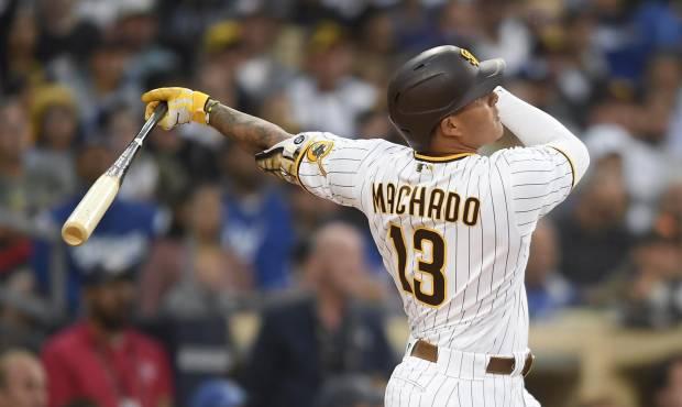 Manny Machado de 4-3 en triunfo de los Padres; Yu Darvish poncha a 11