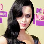 katy-perry-long-wavy-romantic-black-hairstyle.jpg