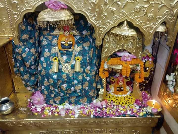 आज के मुख्य प्रातः कालीन आरती श्रृंगार दर्शन विश्व विख्यात शक्तिपीठ आदिशक्ति जगजननी मां श्री नैना देवी जी  03/06/2020