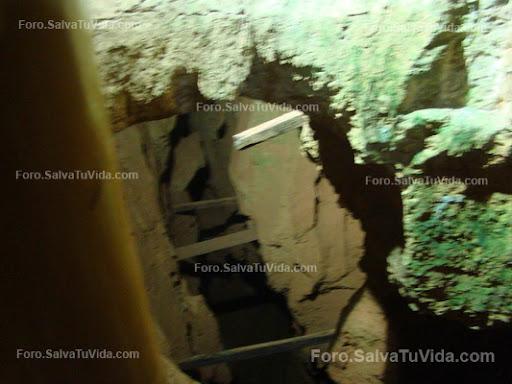 La cueva de las calaveras, Benidoleig, Alicante DSC05903