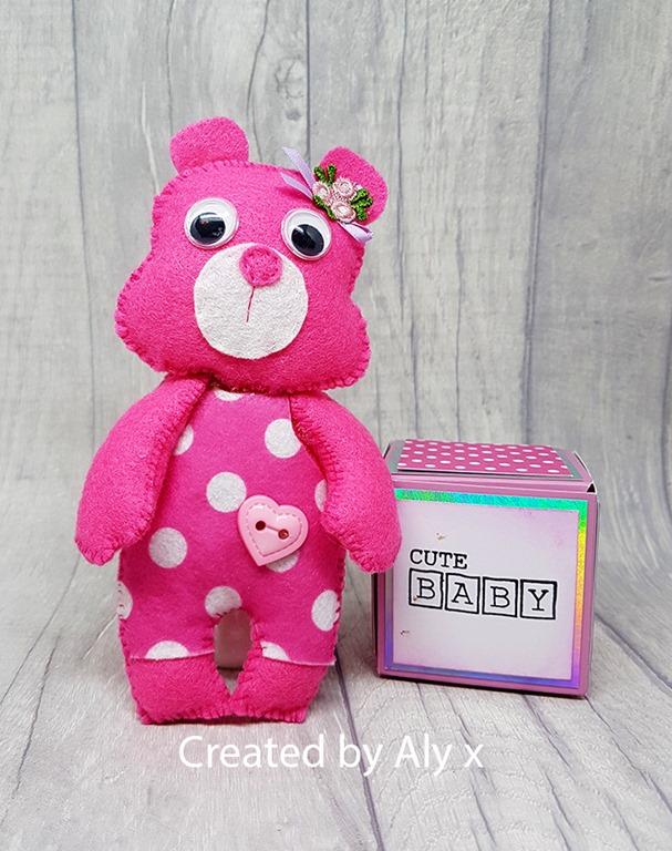 [pink+felt+bear%5B5%5D]
