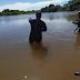 Oeste: bombeiros resgatam corpo de homem não identificado, dentro de um rio