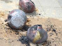 19 A helyszínen kiégetett alkotáosk egy része.JPG